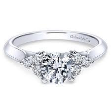 Nymeria 14k White Gold Round 3 Stones Engagement Ring