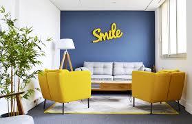 bureaux partager bureaux à partager la startup qui recycle les bureaux pour les
