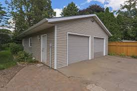 Machine Shed Woodbury Mn Hours by 6180 Valley Creek Road Woodbury Mn 55125 Mls 4847918