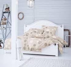 der ideale platz fürs bett bild 2 zimmer schlafzimmer