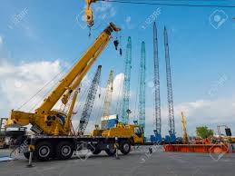 100 Derrick Truck Many And Crane In Yard Site Consist Of Lifting Pulley