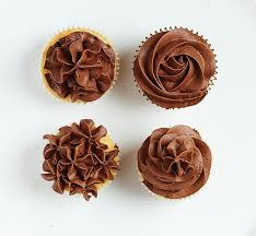 4 Ideas For Frosting Cupcakes