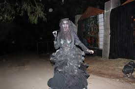 Mazes In Los Angeles Ca by Los Angeles Haunted Hayride Fades Into The Darkness Of Halloween