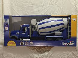 Bruder Toys MACK Granite Cement Mixer Truck 02814 Kids Play NEW ... Concrete Mixer Toy Truck Ozinga Store Bruder Mx 5000 Heavy Duty Cement Missing Parts Truck Cstruction Company Mixer Mercedes Benz Bruder Scania Rseries 116 Scale 03554 New 1836114101 Man Tga City Hobbies And Toys 3554 Commercial Garbage Collection Tgs Rear Loading Mack Granite 02814 Kids Play New Ean 4001702037109 Man Tgs Mack 116th Mb Arocs By
