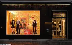 Designer The Decorated Christmas Shopfront Of Stella McCartney Store On Bruton Street