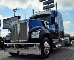 100 Kw Truck Difference Between The New Kenworth W990 And The W900L