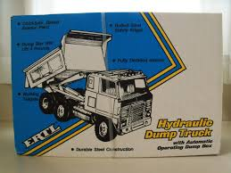 Vintage Ertl - International Coe Hydraulic Dump Truck Pressed Steel ...