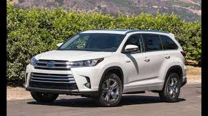 100 Most Fuel Efficient Full Size Truck 10 3Row SUVs For 20172018 Suv Pinterest