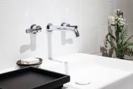 abstand zwischen steckdose und waschbecken sicherheit geht vor