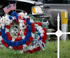 Memorial Day Graveside Decorations by How To Arrange Memorial Day Decorations Dtmba Bedroom Design