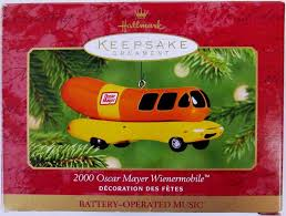 Amazon.com: Hallmark Keepsake Ornament 2001 Oscar Mayer Wienermobile ...