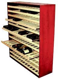 rangement claies cave à vin aménagement de cave à vin