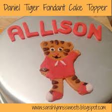 Daniel Tiger Pumpkin by Daniel Tiger Fondant Topper