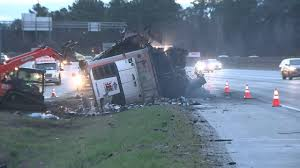 100 Chicken Truck John Anderson Tractortrailer Hauling 40000 Lbs Of Chicken Catches Fire On