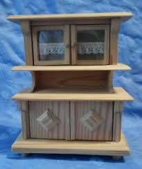 details zu schrank puppenstube helles holz 16 cm hoch 13 5 cm lang esszimmer wohnzimmer