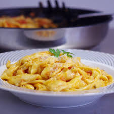 recettes de cuisine italienne recette pâtes courgette bleu citron et menthe cuisine
