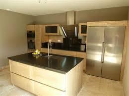 ilot central cuisine design cuisine moderne ilot central 12 laque blanc et noir pur