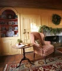 Primitive Living Rooms Pinterest by 11 Best Colonial Interiors Images On Pinterest Primitive