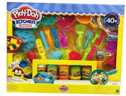 Play Doh Kitchen Creations 40 Pcs Playset Cooking Set 10 Color