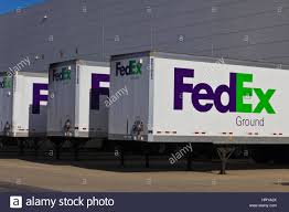 Fedex Trucks Stock Photos & Fedex Trucks Stock Images - Alamy