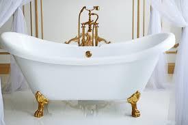 Horse Trough Bathtub Ideas by Learn About The History Of The Clawfoot Bathtub