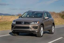 2016 Volkswagen Touareg Review & Ratings
