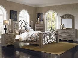 Pc Timber Creek Queen Bedroom Set