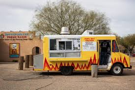100 Food Trucks Nashville Hot Chicken Has Made It To Tucson And Its A Thing Of Beauty Eat