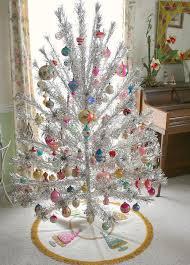 Evergleam Pink Aluminum Christmas Tree by Vintage Evergleam Aluminum Christmas Tree With Spartus Rotating