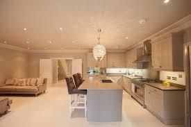 meuble de cuisine dans salle de bain salle de bain avec meuble de cuisine maison design bahbe com