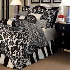 Modern Black and White Paisley Bedding Stunning Black and White