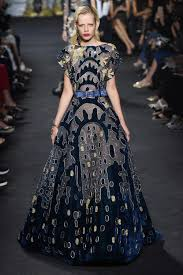 Elie Saab Fall 2016 Couture Collection Vogue