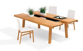 table contemporaine en bois rectangulaire avec rangement