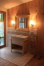 holz im badezimmer und praktisch wohnraum8