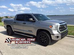 2014 Toyota Tundra With 20″ Fuel Krank D517 Wheels |