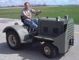 100 Tug A Truck DocThrocks Clarktor 6 MILL44 1942 Aircraft Tug