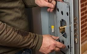 comment ouvrir une porte de chambre sans clé ouvrir une porte fermée à clé tel 09 70 24 84 18 un