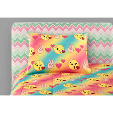 Walmart Bed In A Bag by Emoji Comforter Set Bundle With 3 Pk Emoji Pillows Walmart Com