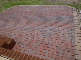 Rubber For Patio Paver Tiles by Garden Pavers Lowes Lowes Paver Base Paver Sealer Lowes