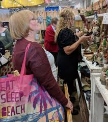Kris Kringle Craft Show Kicks Off Holiday Shopping Season | Local ...