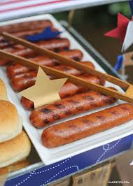 Hot Dog Bar For 4th Of July | Hot Dog Bar, Hot Dogs And Backyard ... Best 25 Hot Dog Bar Ideas On Pinterest Buffet Bbq Tasty Toppings Recipes Gourmet Hot Win Memorial Day With 12 Amazing Dog Toppings Organic Grass Teacher Appreciation Lunch Ideas Bar Bratwurst And Jelly Toast Easy Chili Recipe Dogs What Does Your Say About You Psychology Long Weekend Cookout Food Click Create A Joy Of Kosher The Smart Momma Poker Run