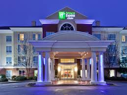 Holiday Inn Express & Suites Greenville I 85 & Woodruff Rd Hotel