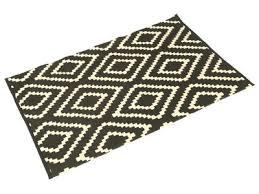 tapis coton tisse a plat tapis tissé plat 100 coton motif losange ethnique noir et blanc