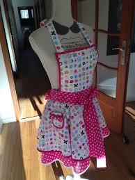 coudre un tablier de cuisine so s essaie à la couture cooking dress tablier de pin up