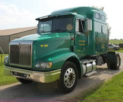 Right Size Trucks For 825 Deck by 2000 International 9200 Eagle Semi Truck Item G4049 Sold