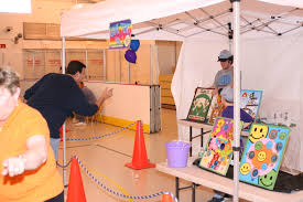 Bean Bag Toss Line Up Baseball Attracts Kids And Adults Five Chances To Score Traditional Carnival Frog Flip Game