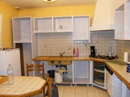 repeindre sa cuisine rustique cuisine rustique repeinte nouveau rénover une cuisine ment
