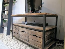 caisse a vin en bois meuble tv caisse vin 17 best images about realisations on