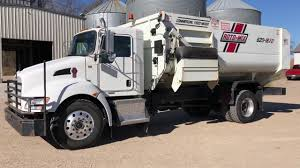 100 Feed Truck 2016 Kenworth RotoMix 62016XD
