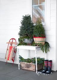 Pre Lit Entryway Christmas Trees by 32 Outdoor Christmas Decorations Ideas For Outside Christmas